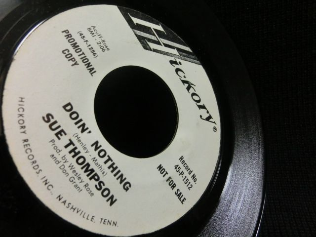 Sue Thompson - Doin' Nothing / You Deserve Each Other
